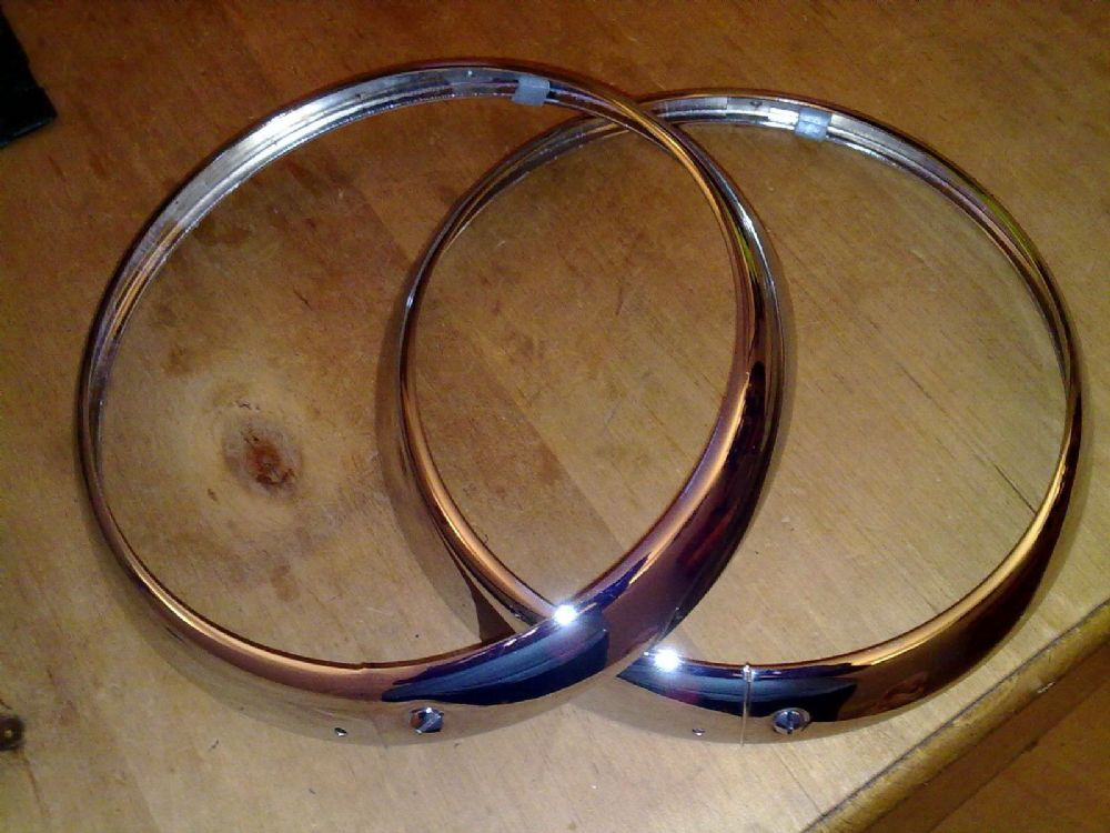 AUSTIN A30 A35 7 NEW TRIPLE PLATED CHROME HEADLAMP RIMS X 2 (FREE UK POST)